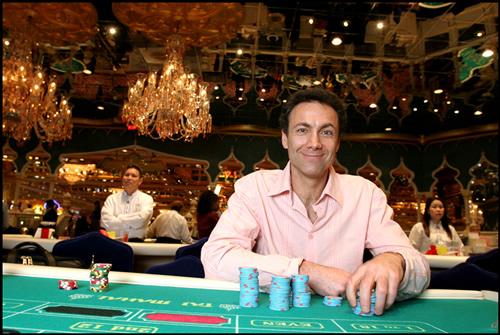 Reportage: Richard Marcus – L'escroc à la roulette